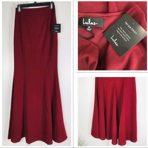 Lulus NWT Maxi Maroon Red A Line Mermaid Skirt Med